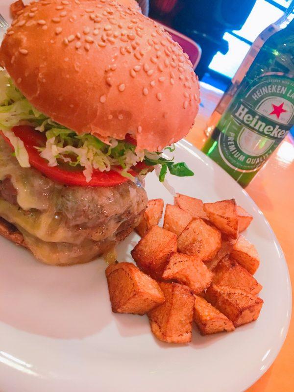 ハンバーガー専門店サムネイル