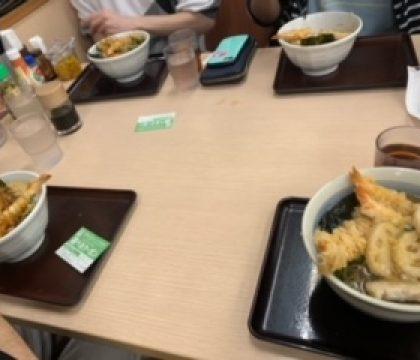 みんなで晩御飯。